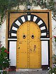 A door in Sidi Bou Said