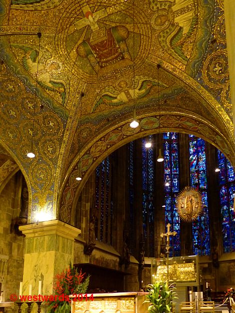 Byzantine mosaics in the Aachen Cathedral