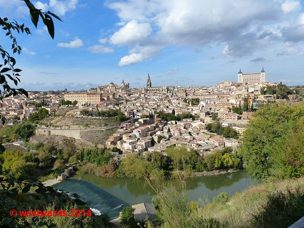 Panoramic view of Toledo from south of the river